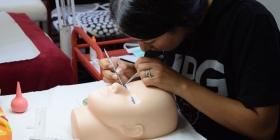 Corso Base di Extension Ciglia addestramento sul manichino