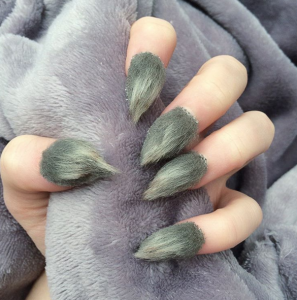 furry-nails